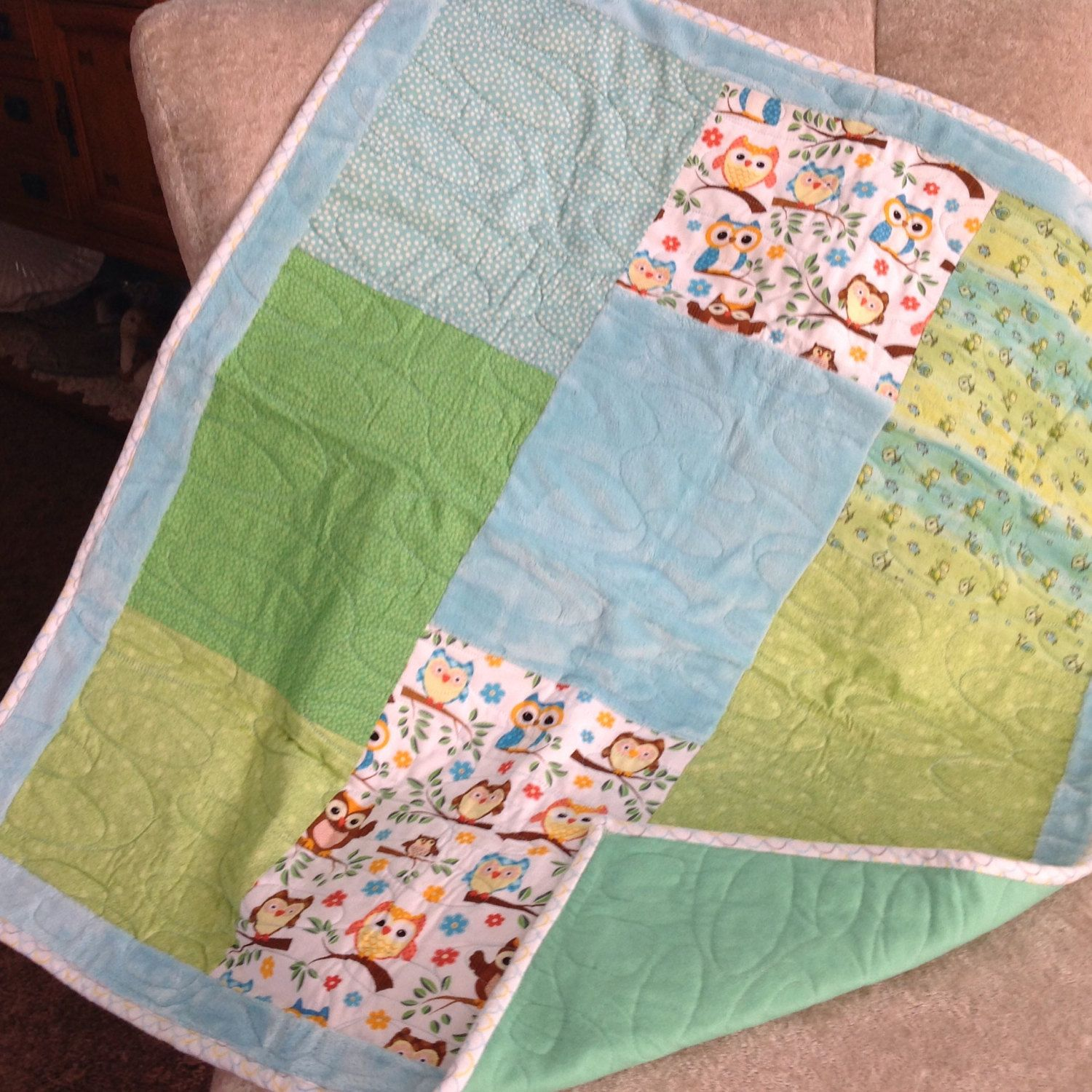 Owls baby quilt by Sablequilts on Etsy