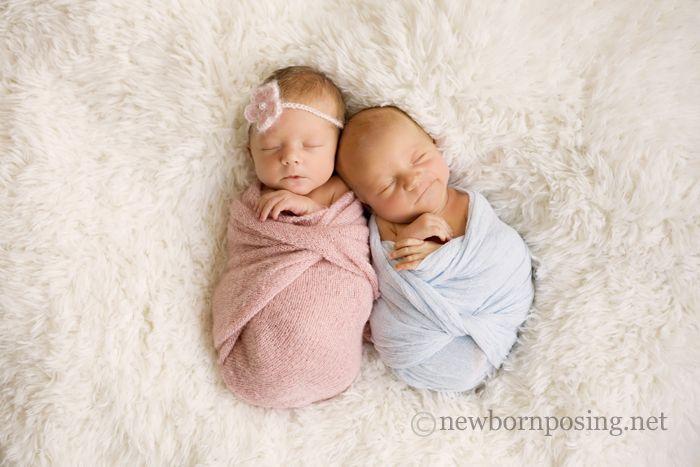 Newborn posing with twins jpg 700x467