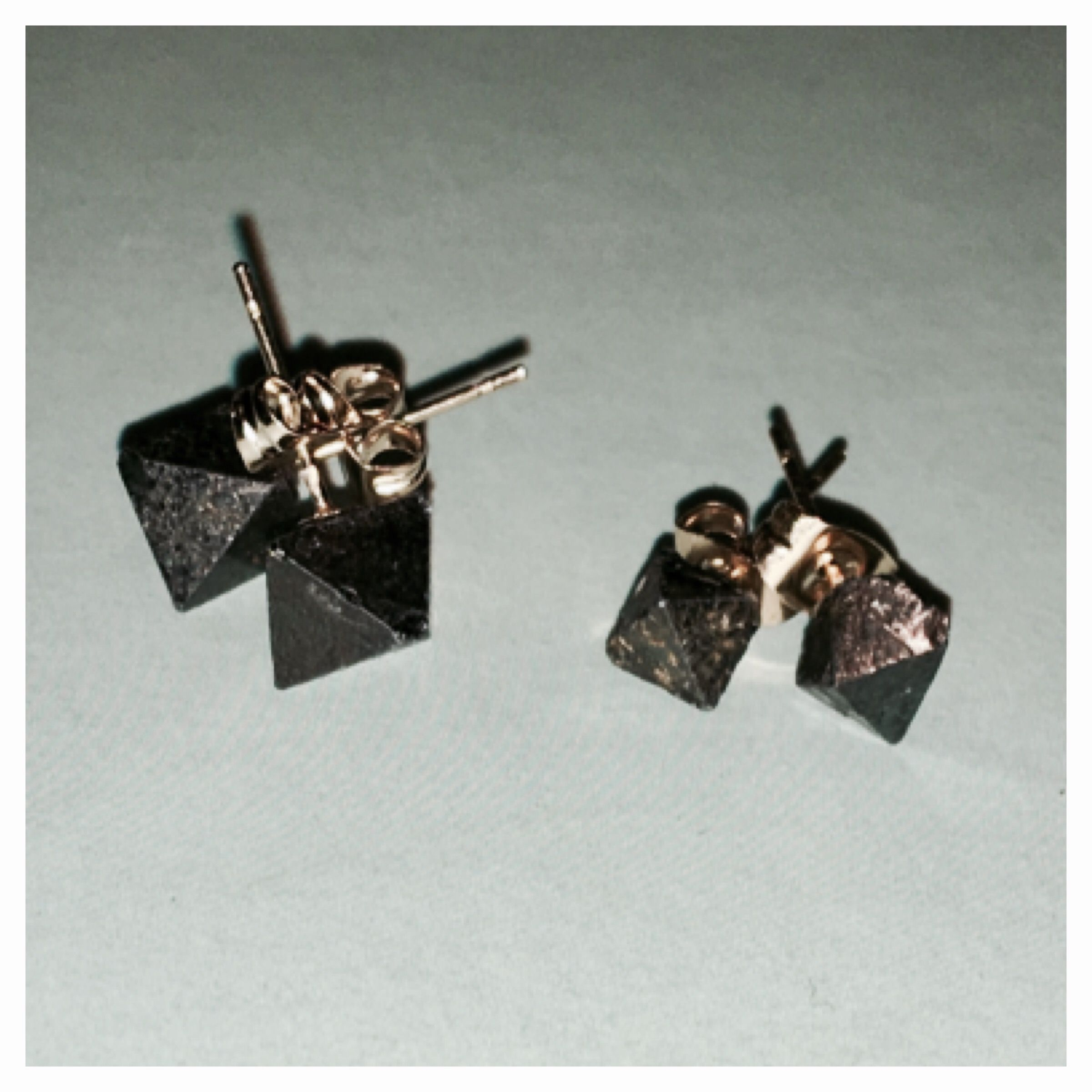 of as cut diamond pair line designed a and kunzite each pendent brilliant pin earrings