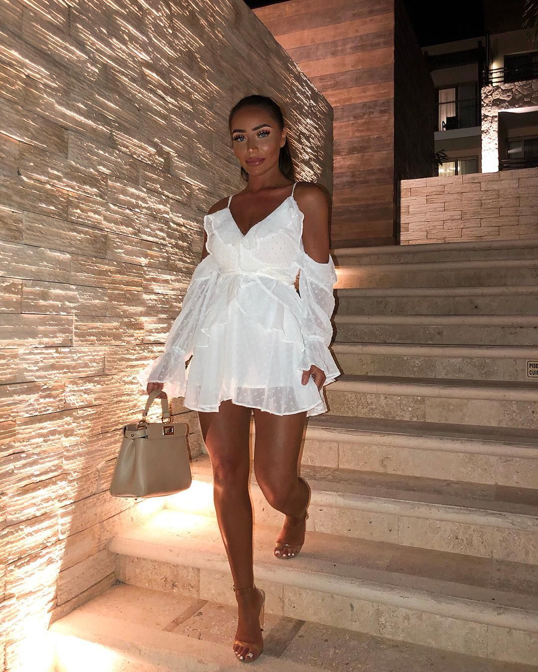 Just To Let Everyone Know I M In Mexico Not Butlins So Anyone Who Still Asks If I M Wearing Fake Tan Summer Dress Outfits Global Dress White Party Outfit [ 1349 x 1080 Pixel ]
