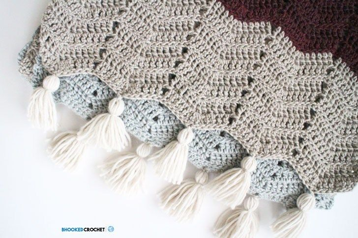 Free Crochet Pattern: Chevron Super Scarf (Pattern + Video available ...