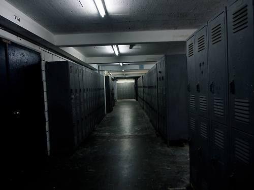 Long hallway - color treatment - empty