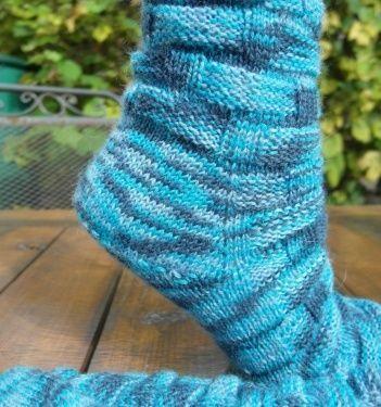Ferse ohne Naht - Socken, Hausschuhe, Sneakers ... - | Stricken ...