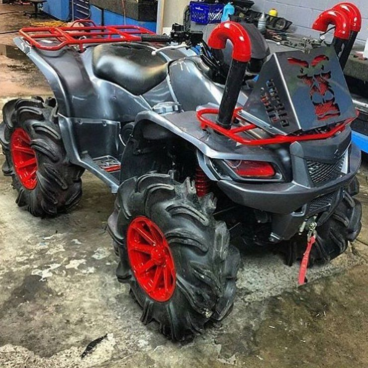 Check this king quad!! She's a monster! #suzuki #kingquad by