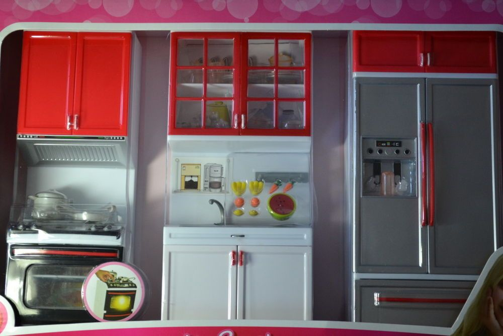 barbie size dollhouse furniture modern comfort kitchen set