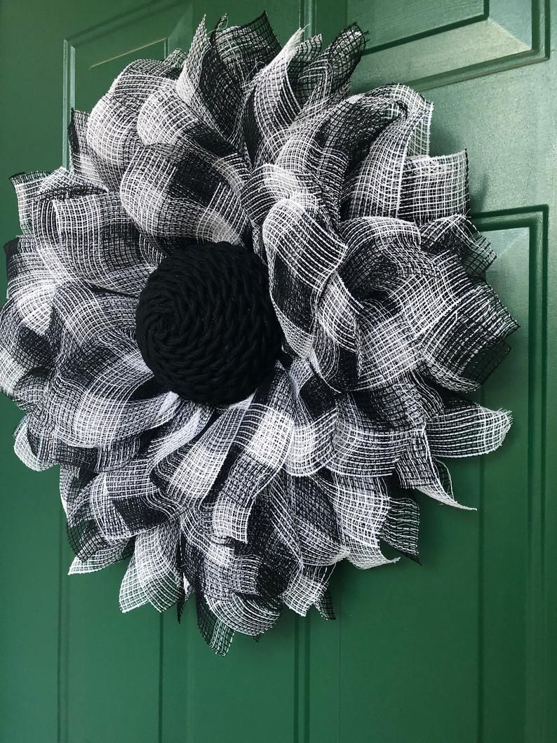 Buffalo Plaid Flower Wreath, Rustic Country Farmhouse Decor, Fall Front Door Wreath, Sunflower Autumn Door Hanger, Gails Crafty Designs #walkwaystofrontdoor