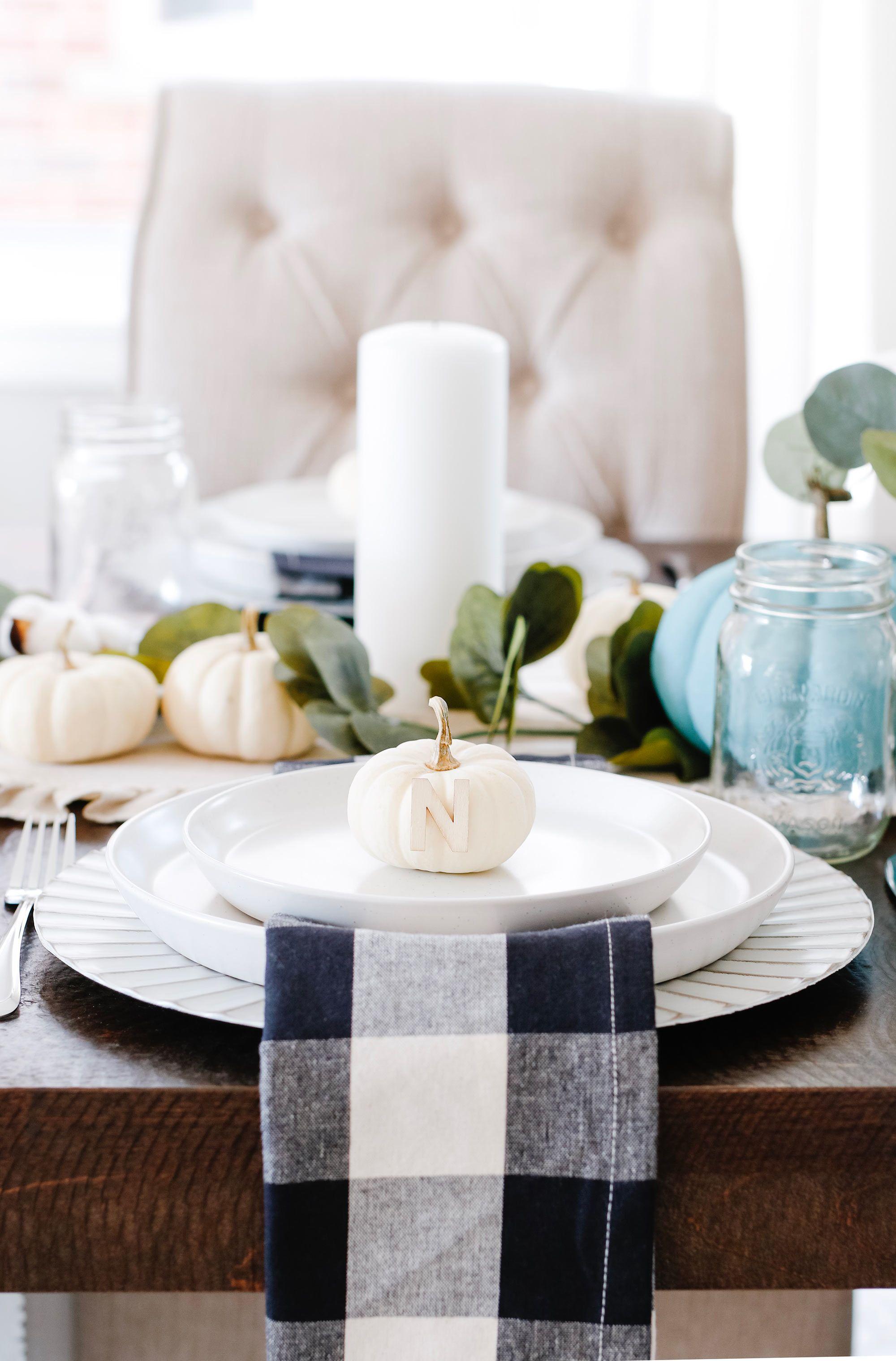 5 Elements Dont Vous Avez Besoin Pour Une Belle Table D 39 Automne Table D Automne Table Decoration Automne