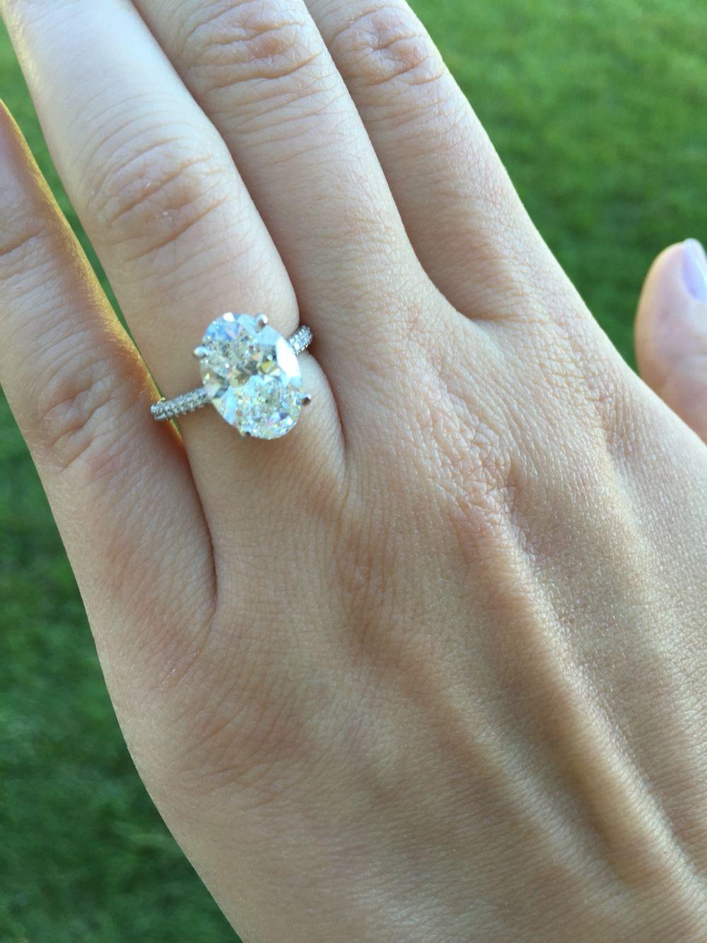 3 carat oval ring oval engagement rings pinterest. Black Bedroom Furniture Sets. Home Design Ideas