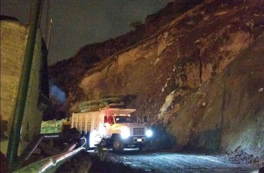 #DESTACADAS:  Cerro del Peñón Viejo en Iztapalapa se desgaja - Noticieros Televisa