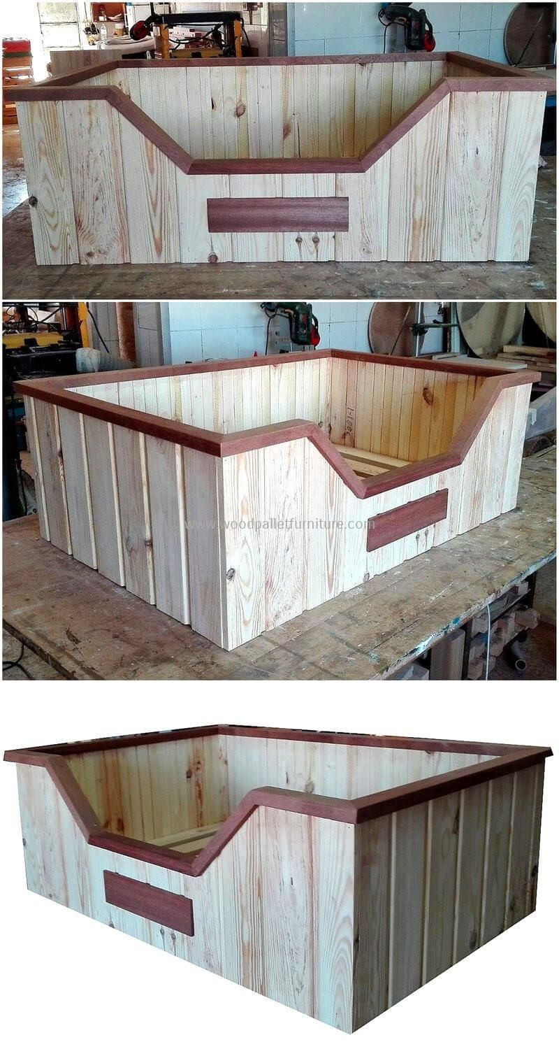 Creative DIY Wooden Pallets Recycling Ideas: We Are With The Individuals  Who Love To Turn The Used Pallets Into Praise Worthy Products Due To Which  We ...