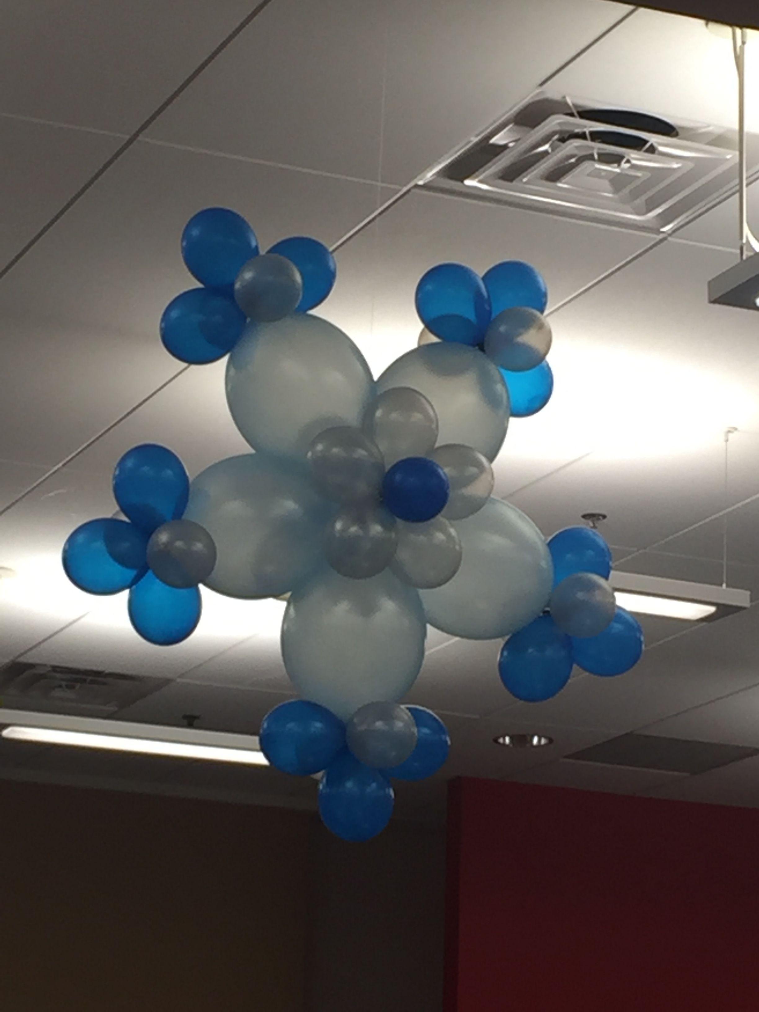 Snowflake balloon decoraci n con globos pinterest for Ornamentacion con globos