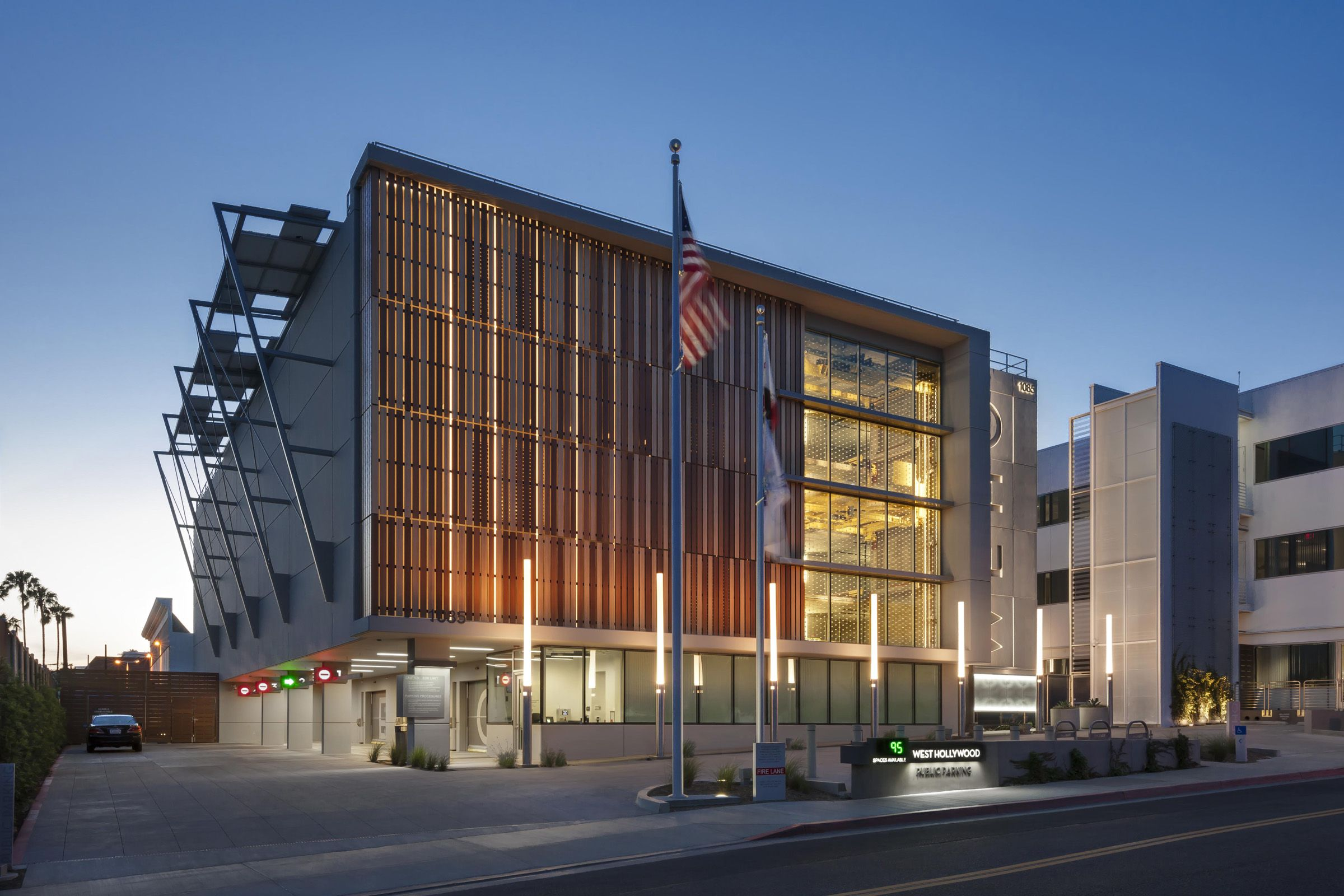 Pin By Tyson Pyle On Parking Structures Building Design