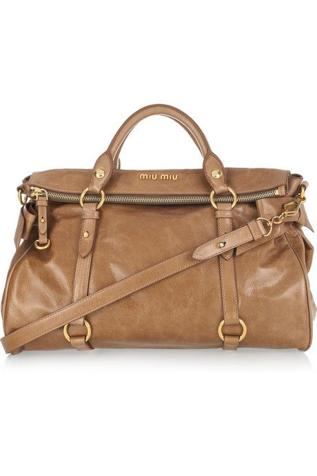 4624c0601419 Miu-Miu-Bow-embellished-glossed-leather-tote-1.jpg (460×690)