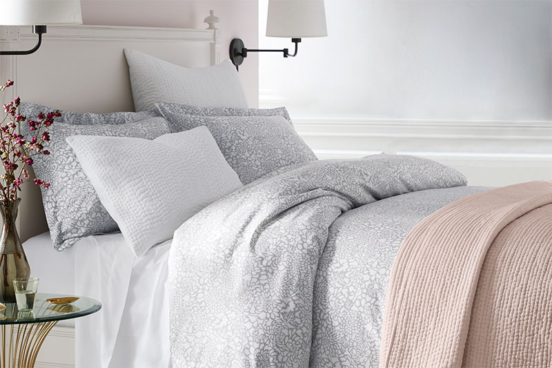 How to Layer Bedding The Seasonless Layered Bed Bed