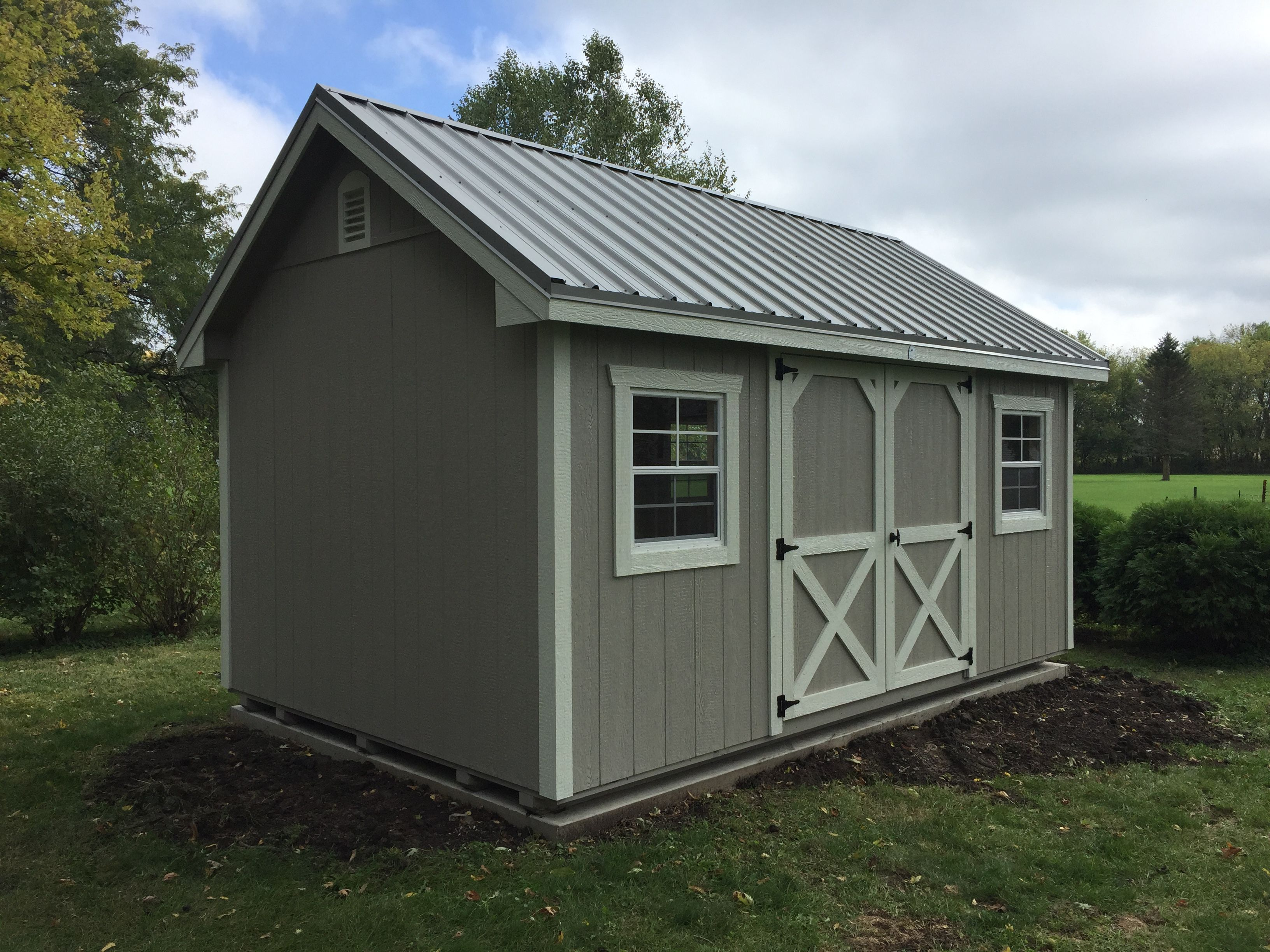 10 X 16 New England Shed Pewter Grey Rood Ash Grey Walls Alamo White Trim 6 Door 8 12 Roof 24 X 27 Trimmed Windows Shed Sheds For Sale High Walls