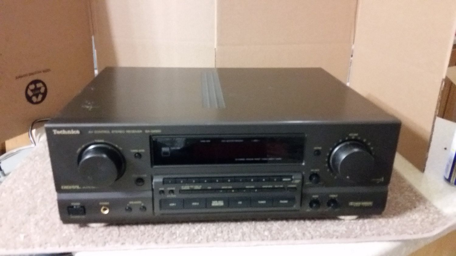 Technics SA-GX550 AM/FM Receiver . Very nice vintage 1990-1994.