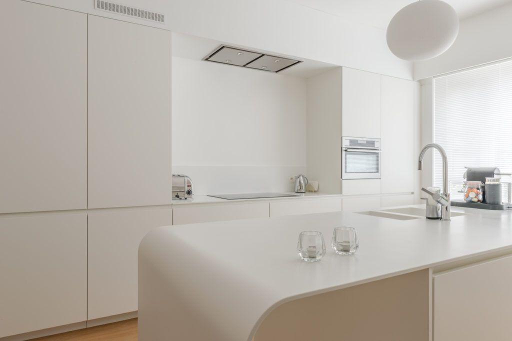 Verwonderlijk Moderne keuken met zachte vormen   Keukens, Keuken op maat, Keuken PP-81