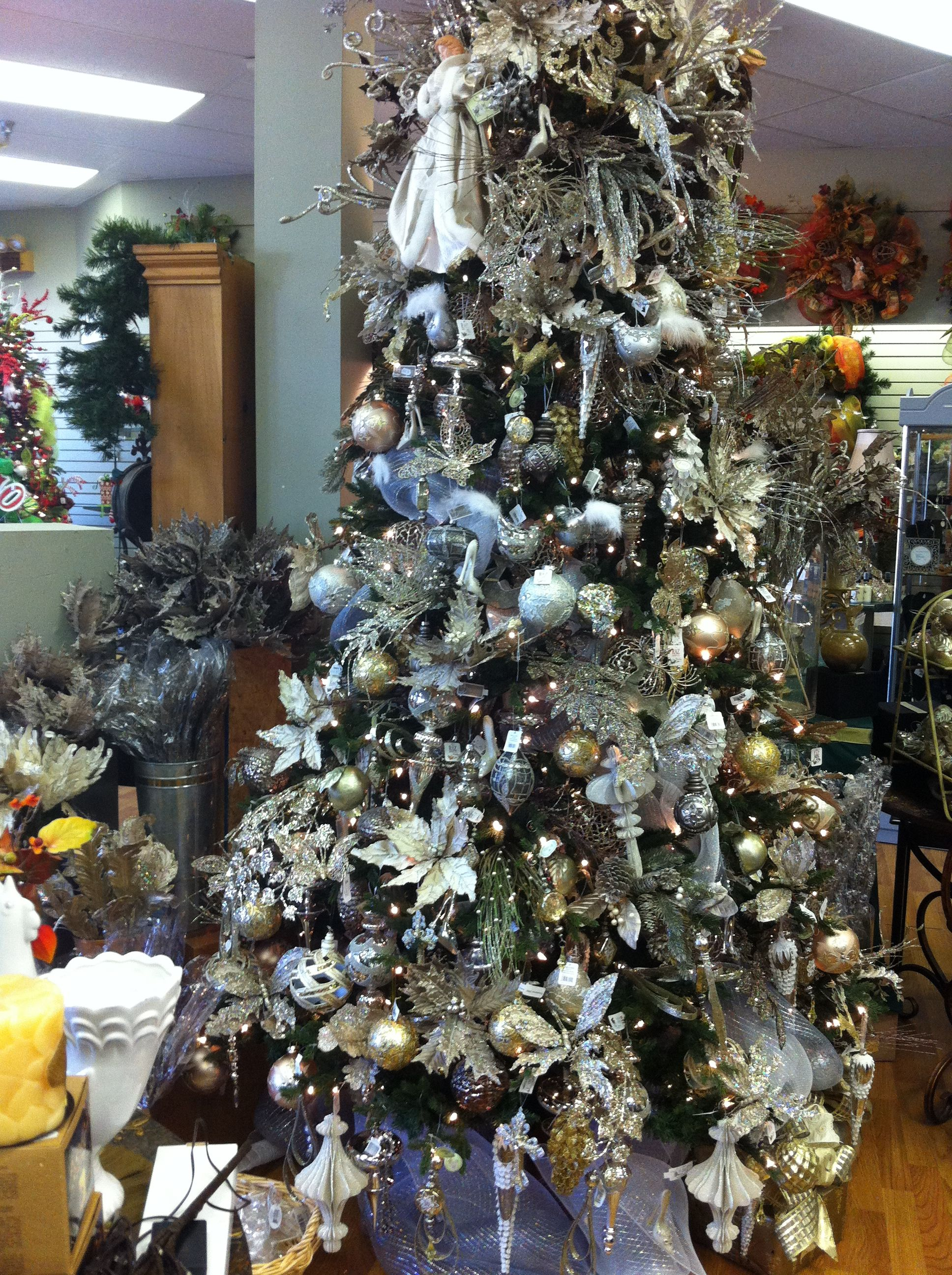 Pewter, gold and white   Christmas tree design, Holiday ... - photo#37