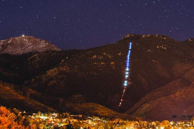 Manitou Incline turns blue, white and red, tribute to the victims in Paris November 2015