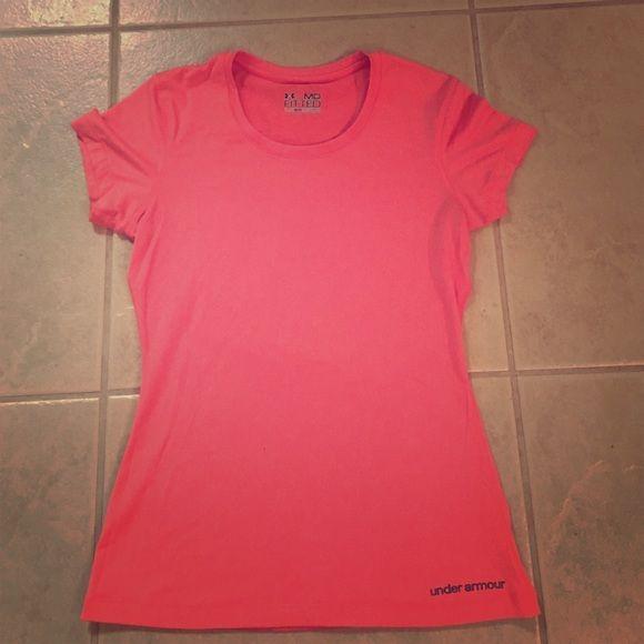 Under Armour Heatgear tee shirt Under Armour Heatgear tee shirt, never worn, size medium. Under Armour Tops Tees - Short Sleeve