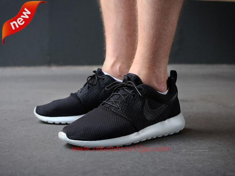 761418d989a12 511881-095 Nike Roshe Run Black Black-Light Ash Grey-White For Sale Online