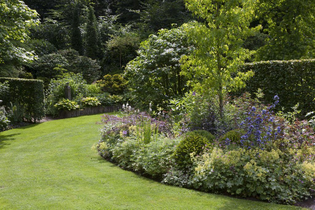 Tuin ronde vormen google zoeken garden inspirations pinterest