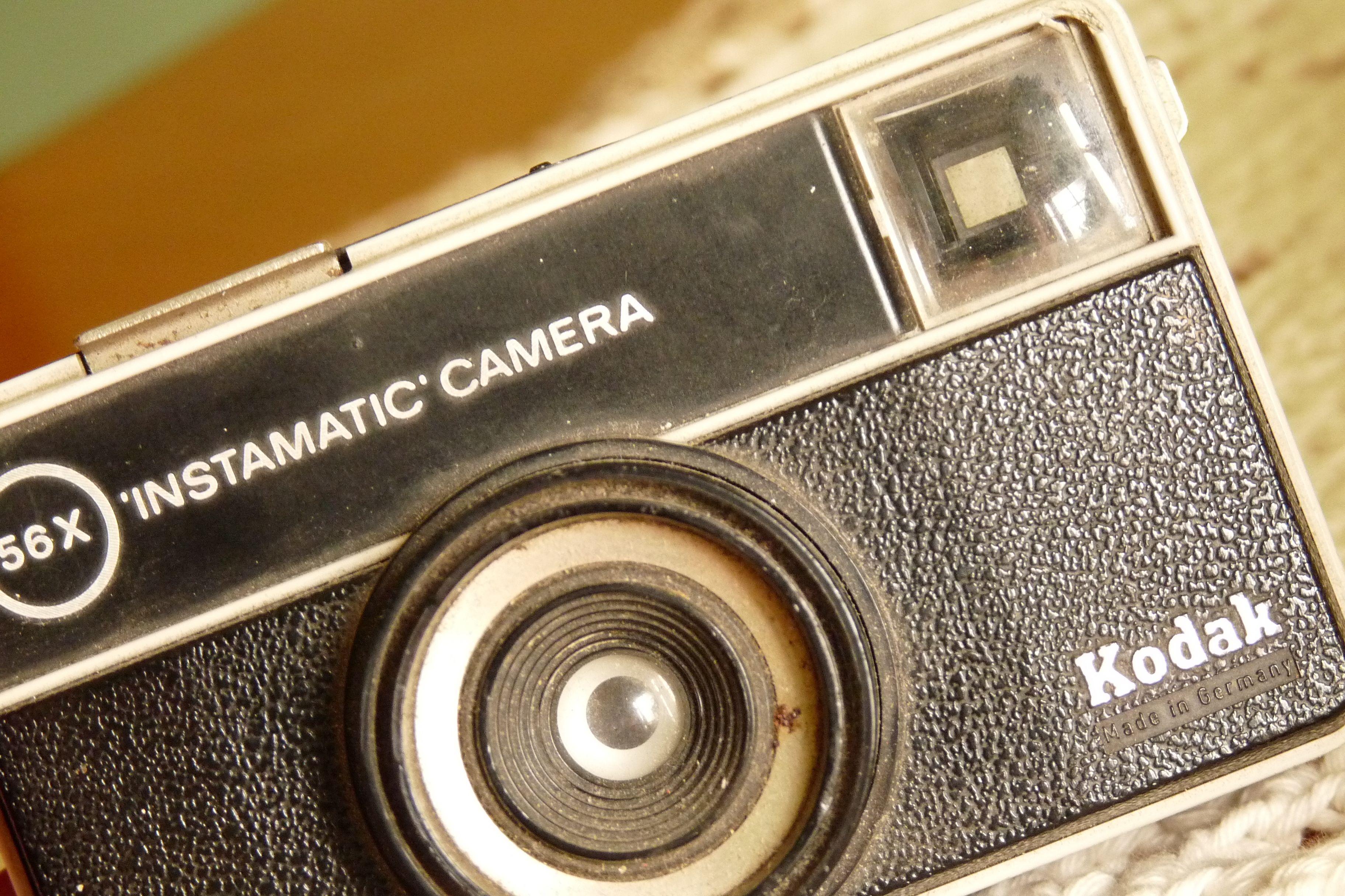 """Instamatic camera Kodak... """"del año nuevo de paquete"""""""