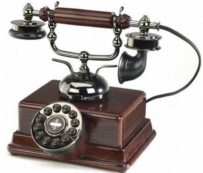 Old Fashioned Phones / Telephones Antique style & Vintage style Crosley  Telephones - Antique TelePhone Antique Pinterest Antique Phone, Desks And