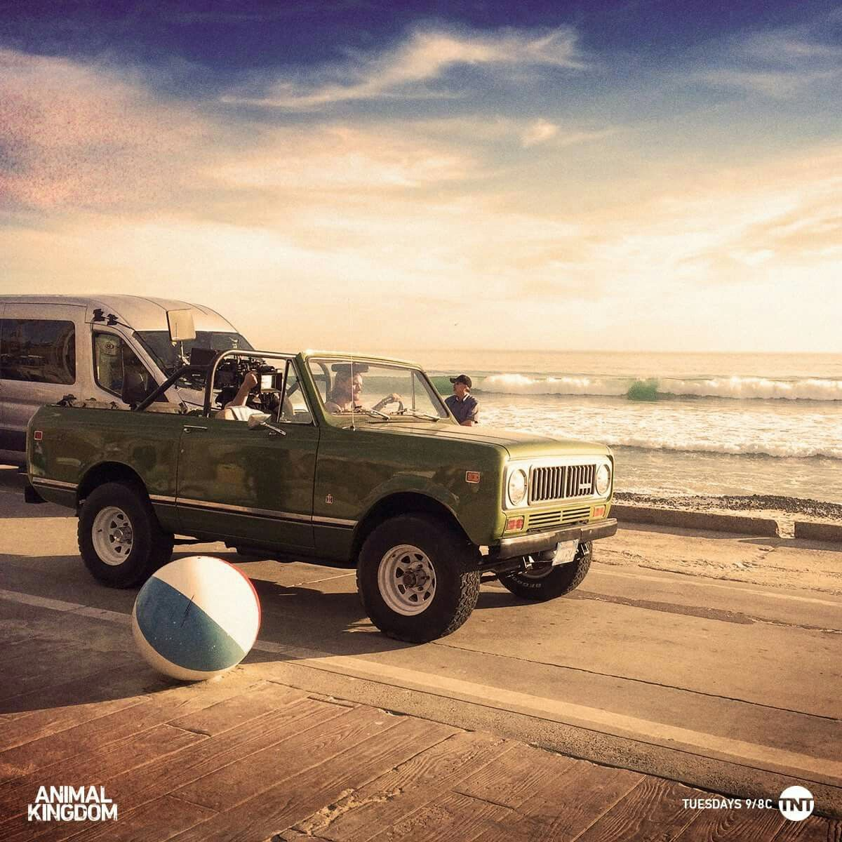 Beach Side In A Scout One More Minute Animal Kingdom Tnt Animal