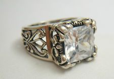 love my Silpada ring<3