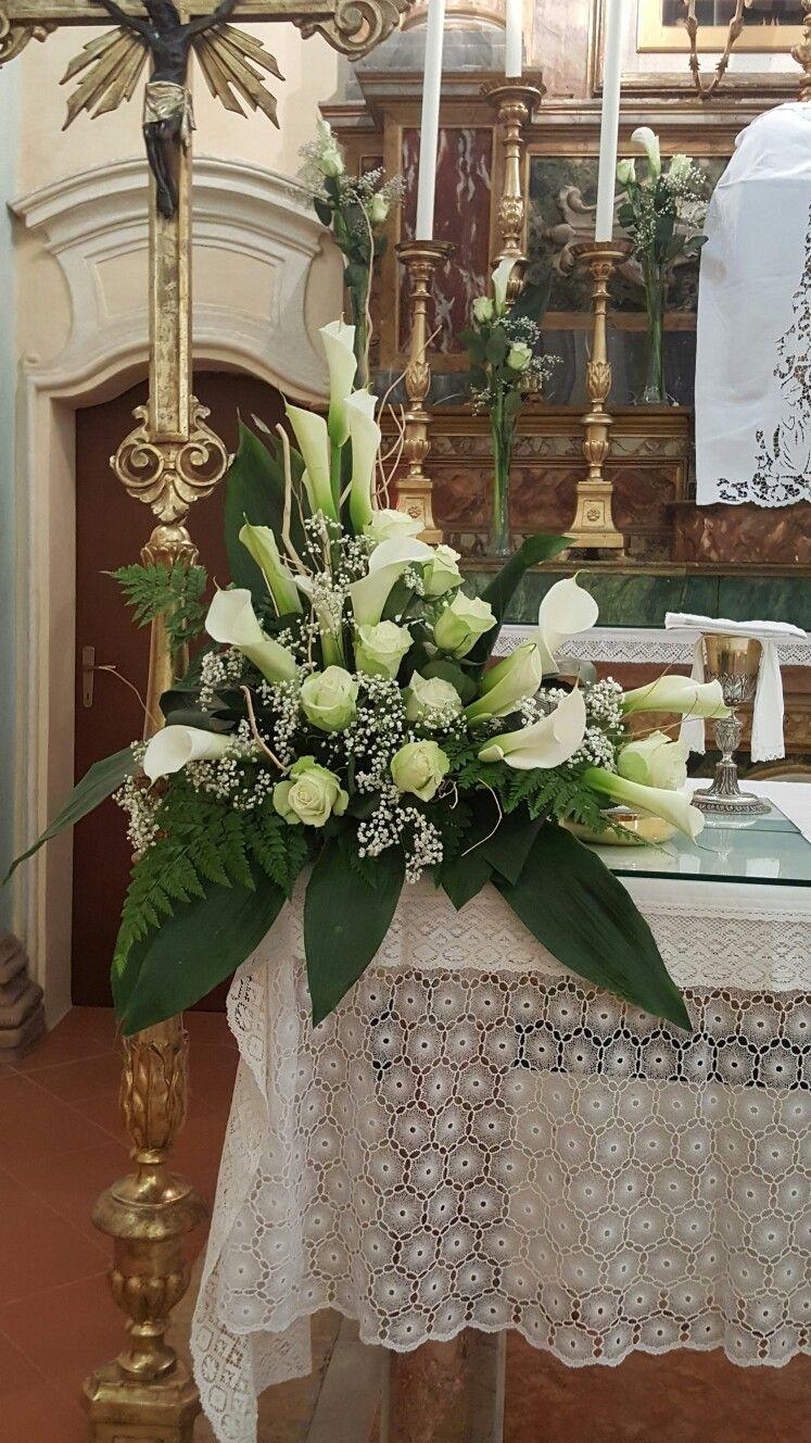 Molto Altare con calle e rose | Composizioni floreali funebri NG15