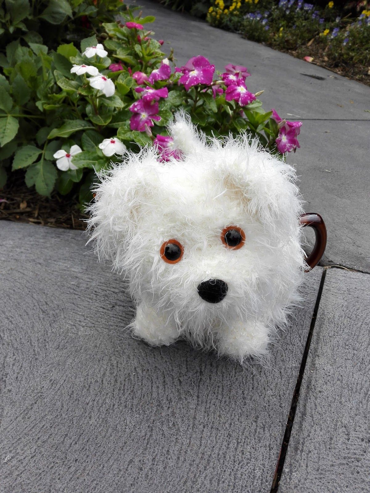 This is the revised version of the little white dog tea cosy craft a cure for cancer free tea cosy patterns alfie the fluffy puppy tea cosy bankloansurffo Images