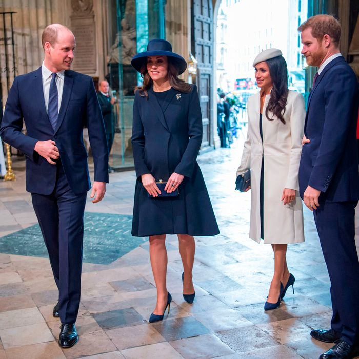 Meghan markle fits right in with british royals at first for Townandcountrymag com customer service