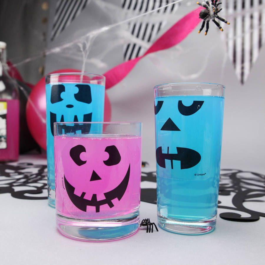 Halloween 16 Drinks Stickers