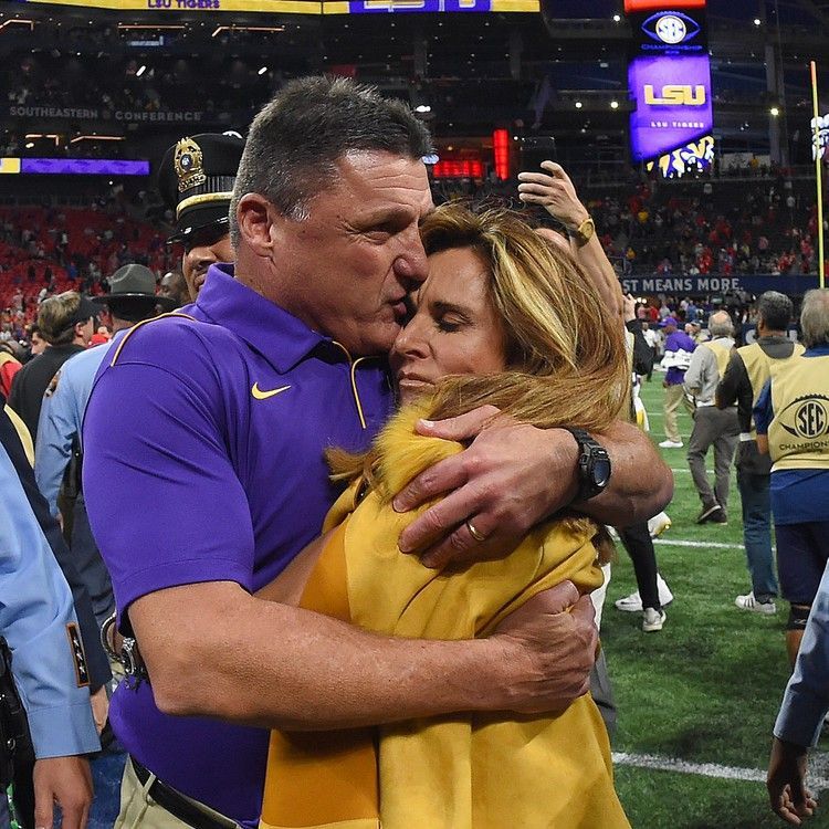 Lsu Coach Ed Orgeron Files For Divorce From Wife Kelly Of 23 Years In 2020 Lsu Football Football Coach Lsu