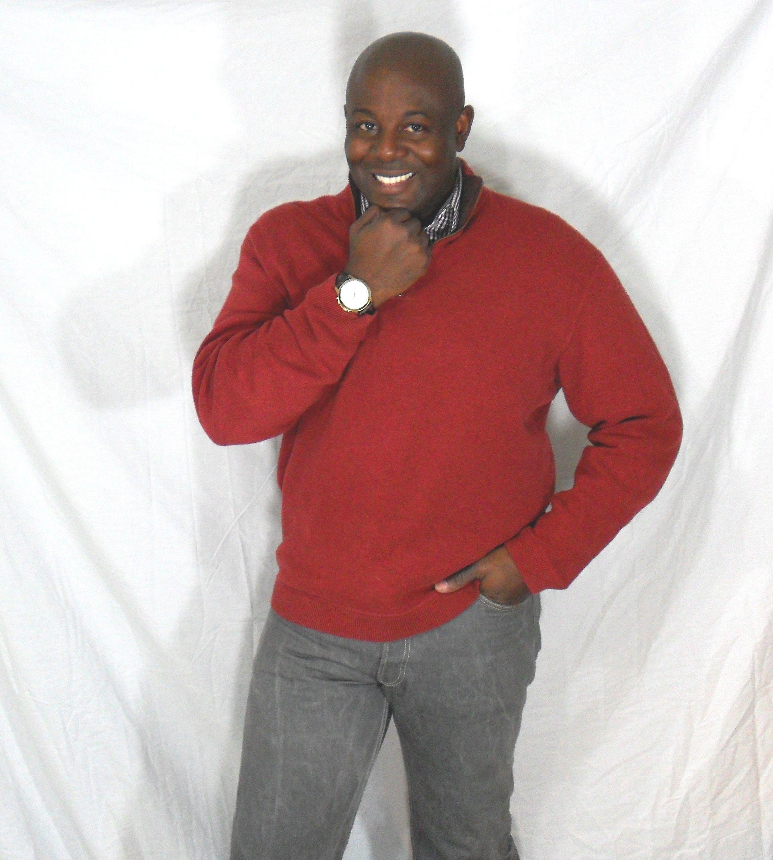Red Sweater, red plad shirt, grey jeans | heartbreak | Pinterest ...