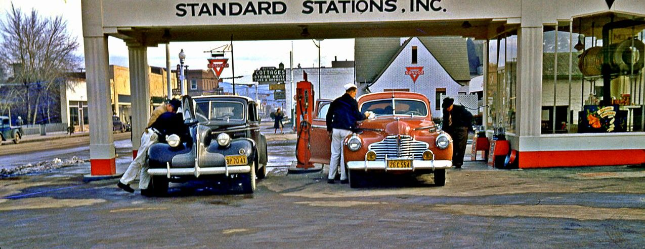 1947 Fresno California A Standard Service Station With Both A 1939 Buick A 1941 Buick Being Serviced By Gas Station Attendant Service Station Gas Station