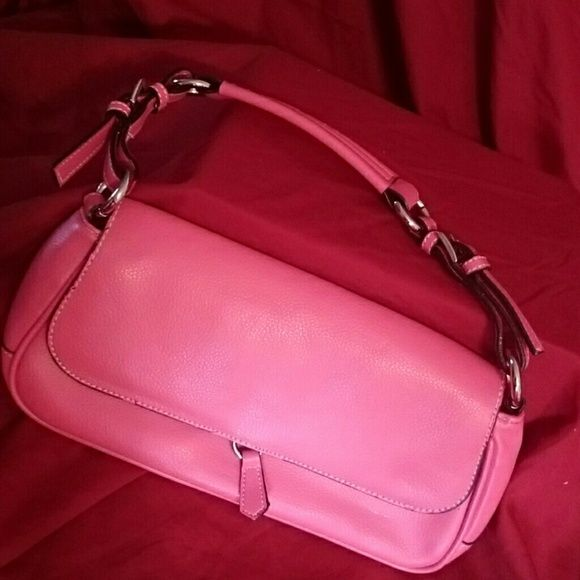 Pink handbag This is a super cute pink handbag has an inside zipper pocket as well as to accessory Pockets also has an outside zipper pocket there is a tiny bit of cracking underneath the outside zipper pocket hardly noticeable at all Bags Mini Bags