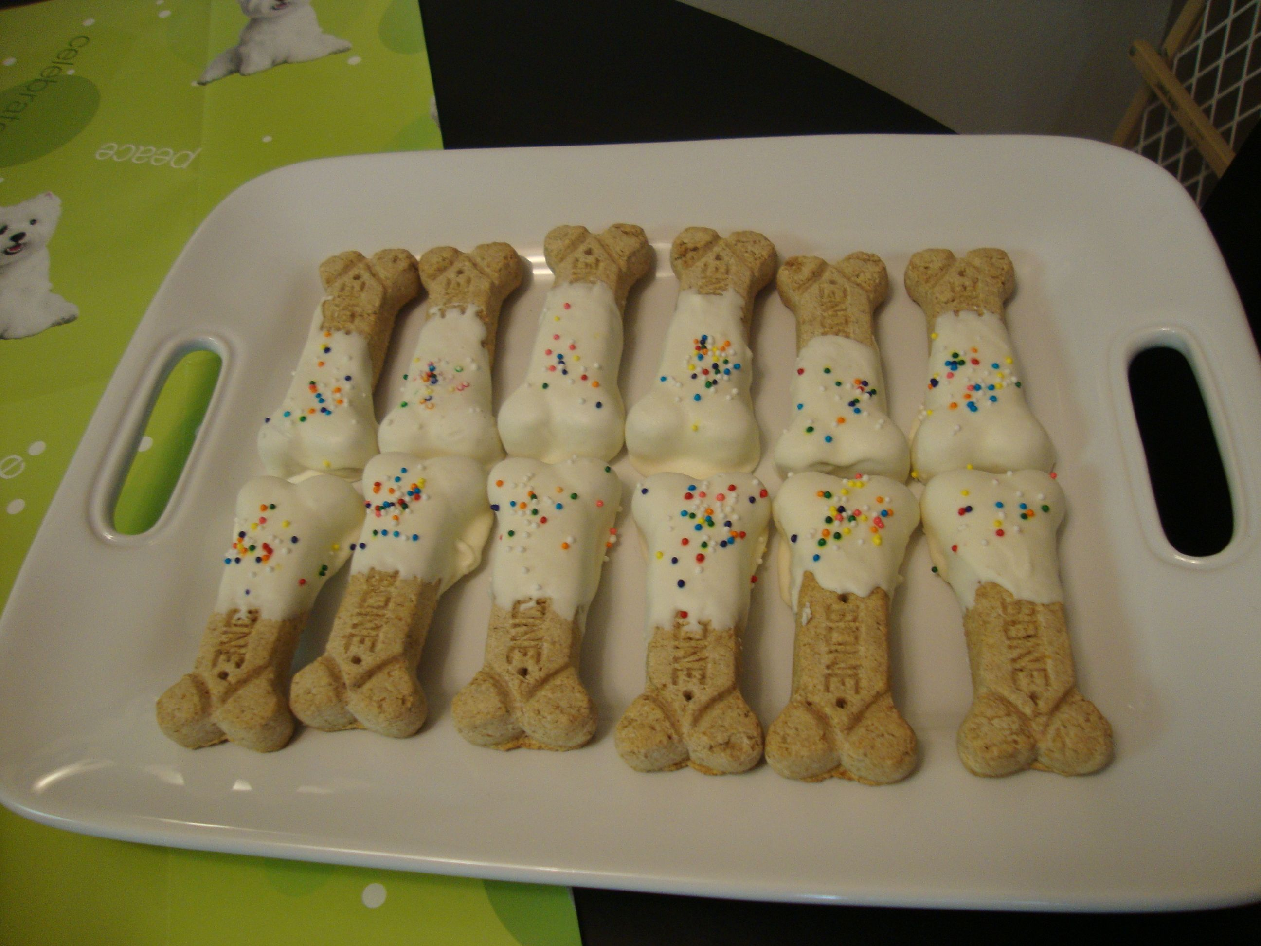 Milk Bone Dog Treats Dipped In Melted Yogurt Chips Doggy Safe