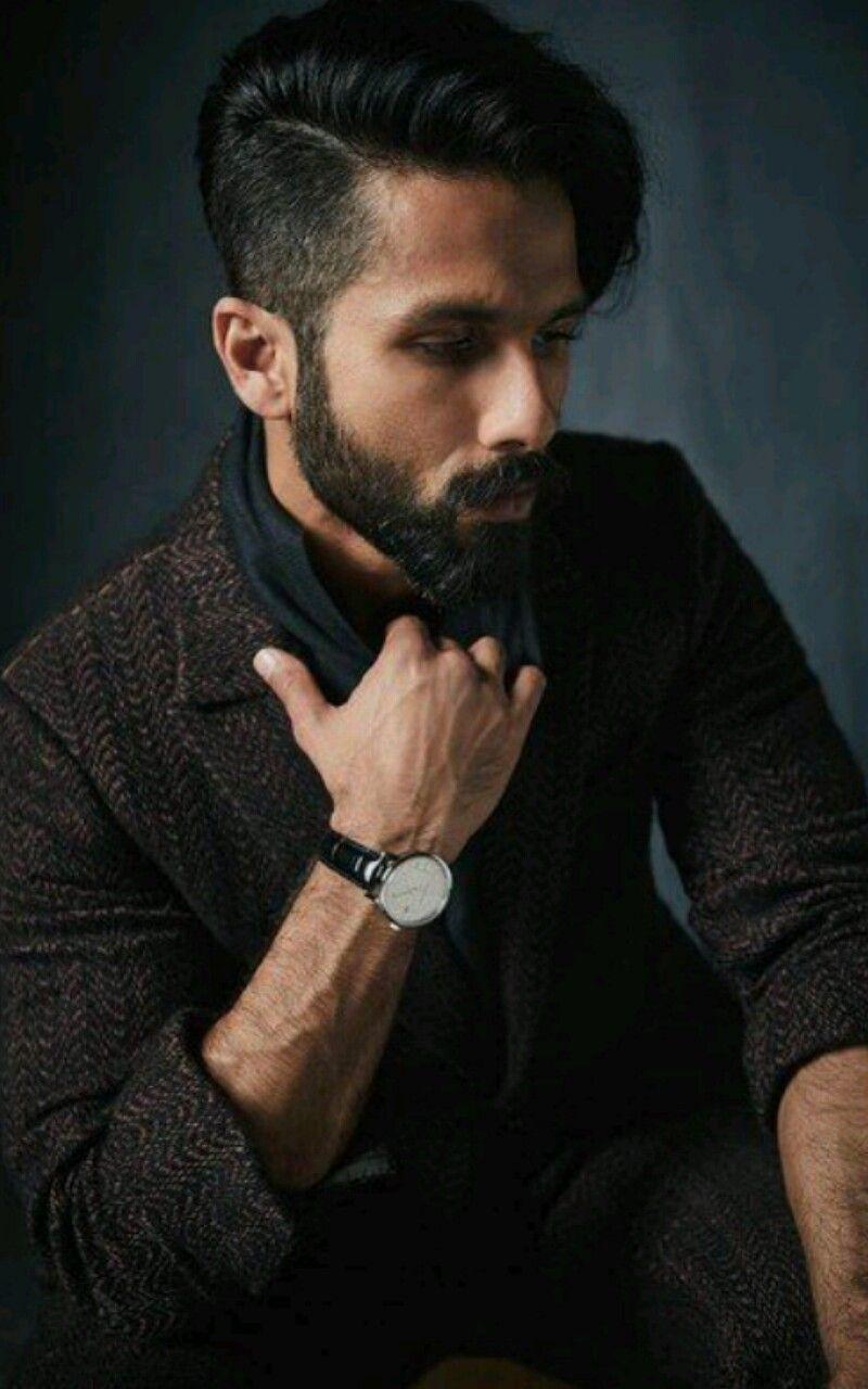 Shahid Kapoor 23 12 18 Mens Hairstyles Undercut Mens Hairstyles Long Hair Styles Men
