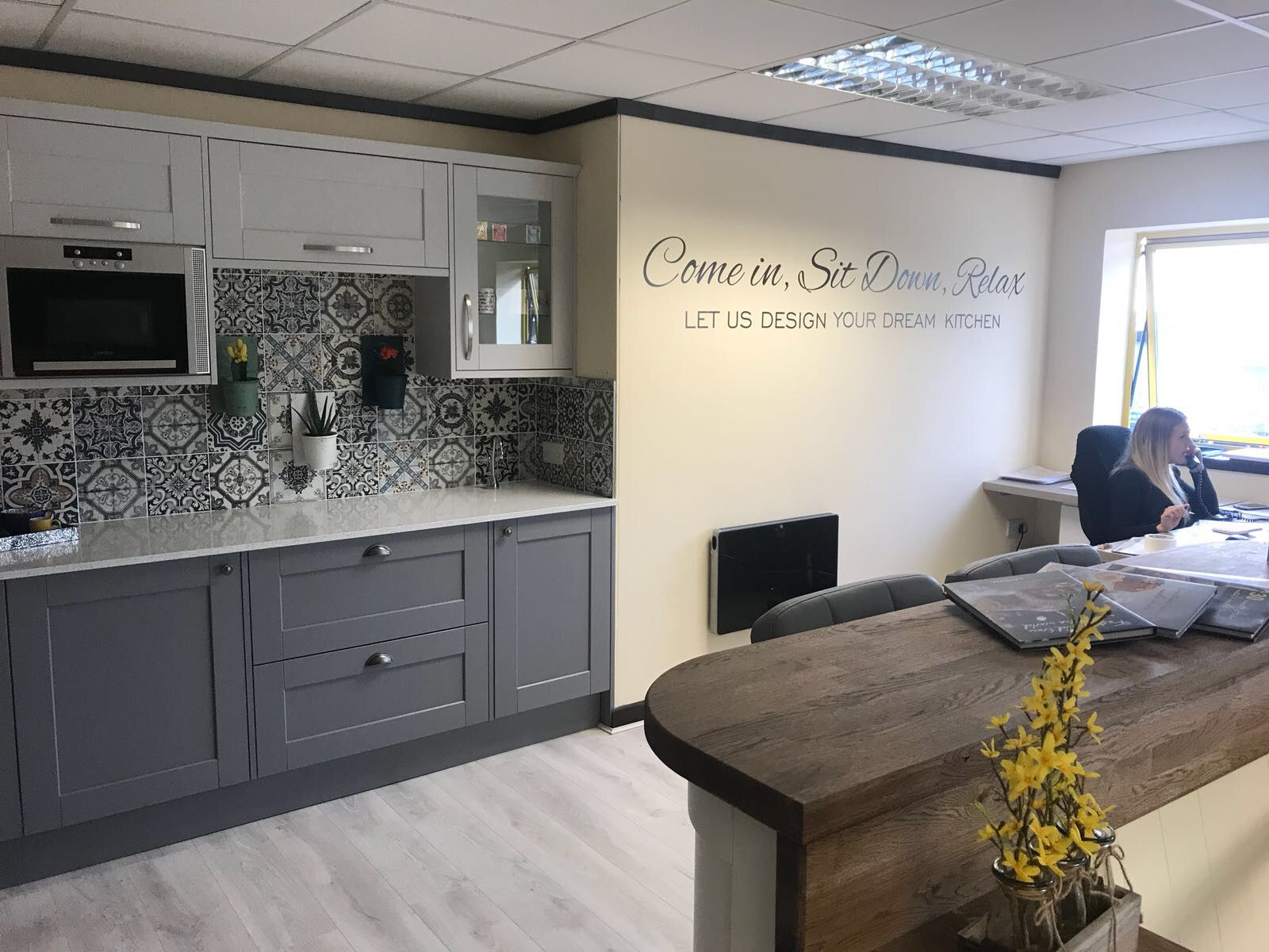 Howden küchen ~ Fairfield dove grey showroom howdens havant