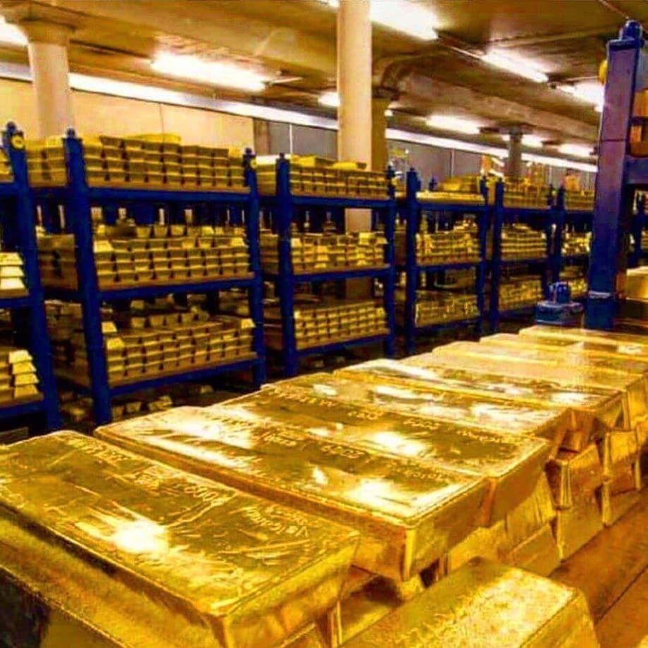 Vie De Luxe Lifestyle Entrepreneur Money Pictures Gold Money Gold Bullion Bars