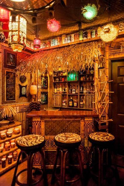 The desert oasis room tiki central bamboo treehouse for Tiki room decor