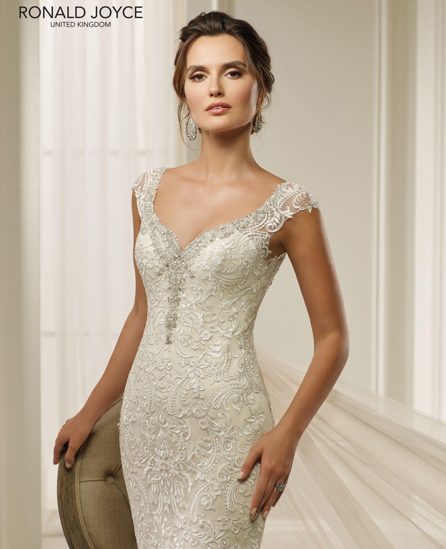 Pin by Vanda Desiree on ♥Wedding dresses♥   Pinterest   Wedding ...