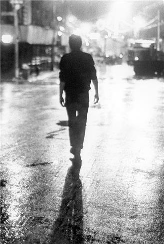 Joe Strummer, NYC, 1978 © Bob Gruen