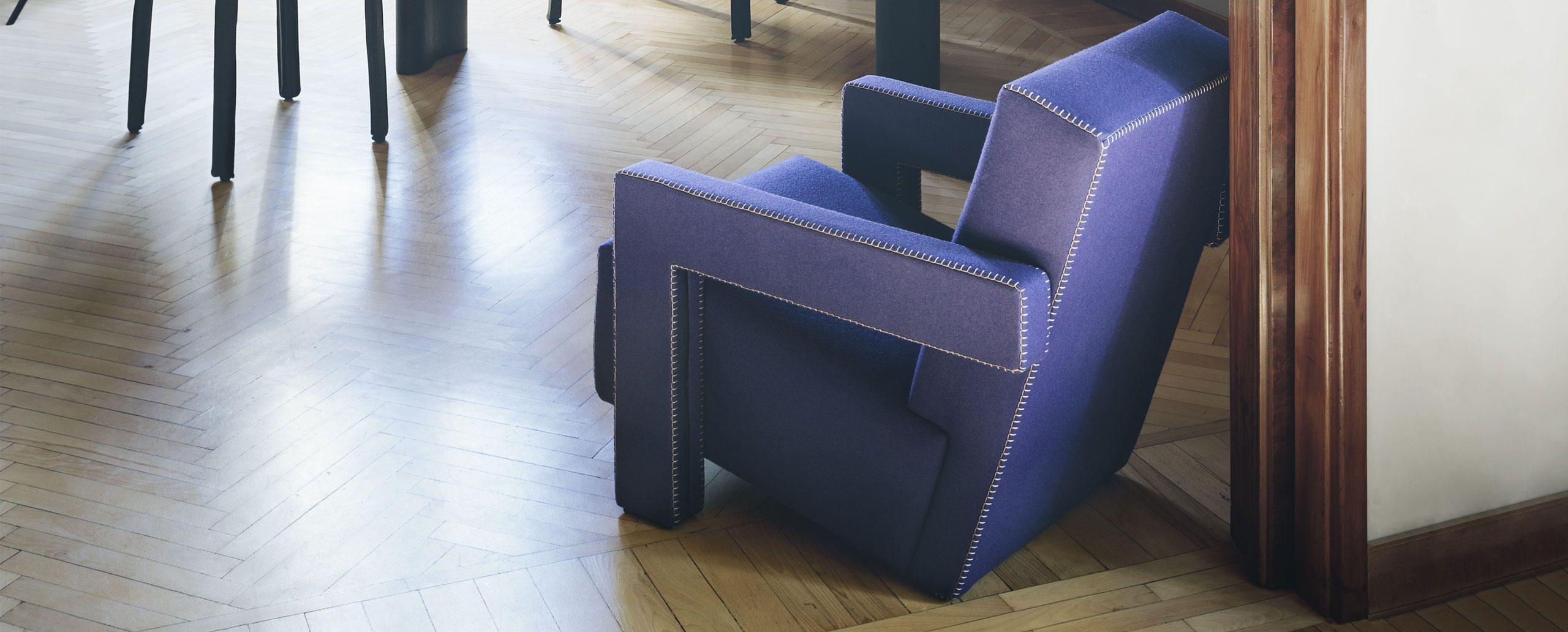 637 Utrecht Chair, from Gerrit Thomas Rietveld -  Cassina