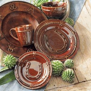 Horseshoe Dinnerware Set - 16 pcs (Lone Star Western Decor) : western dinnerware set - pezcame.com