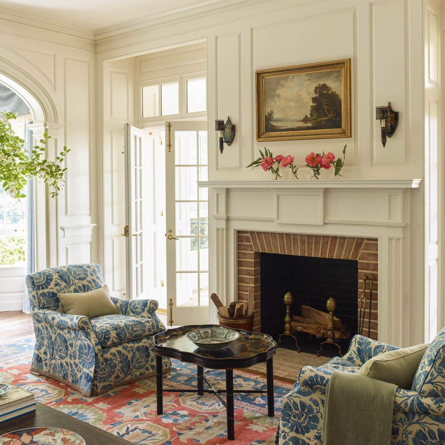 Blue And White Home A Blog Devoted To Interiors Living Room Decor Traditional Home Decor House Interior #traditional #home #living #room