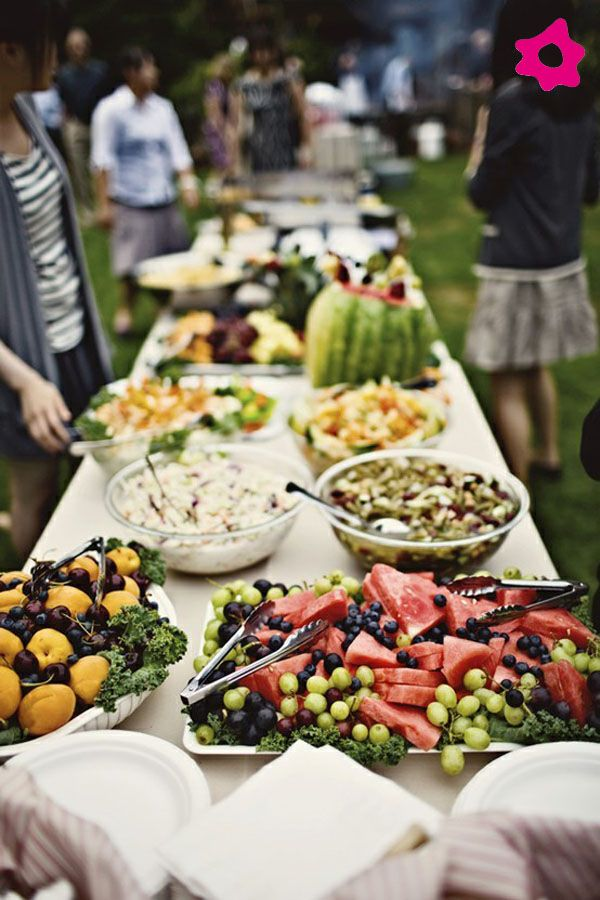 Buffet de frutas en tu boda bodas catering dise os for Wedding canape menu