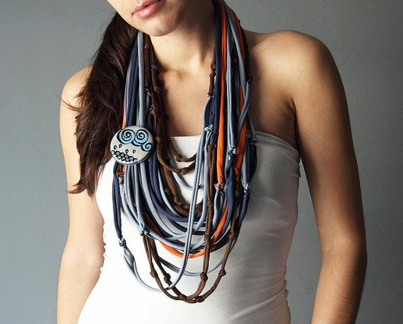 T-Shirt SCARF NECKLACE in four colors with extra by Charisana